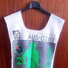 Coches y Motocicletas: PETO-DORSAL PRENSA F-1 - AUSTRALIA 2002. Lote 53957497