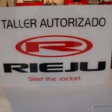 Coches y Motocicletas: RIEJU LETRERO TALLER AUTORIZADO.NUEVO 42X30 CMS. Lote 143411652