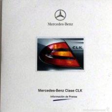 Coches y Motocicletas: CD - DVD - DOSSIER DE PRENSA ORIGINAL MERCEDES-BENZ, CLASE CLK.. Lote 55710515