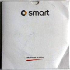 Coches y Motocicletas: CD - DVD - DOSSIER DE PRENSA ORIGINAL SMART - DAIMLER CHRYSLER - MERCEDES-BENZ.. Lote 55713232