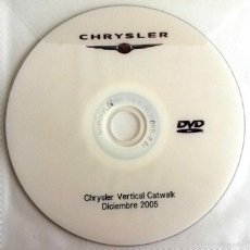 Coches y Motocicletas: CD - DVD - DOSSIER DE PRENSA ORIGINAL CHRYSLER VERTICAL CATWALK - 2005.. Lote 55907297