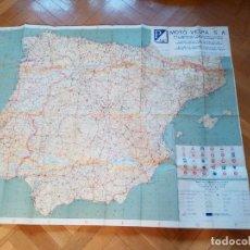 Coches y Motocicletas: ANTIGUO MAPA PLANO CARRETERAS PENINSULA IBERICA MOTO VESPA CLUB ESPAÑA CON LOS CONCESIONARIOS VESPA. Lote 74333375
