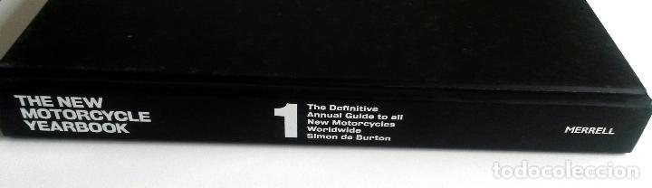 LIBRO: THE NEW MOTORCYCLE YEARBOOK. (Coches y Motocicletas Antiguas y Clásicas - Catálogos, Publicidad y Libros de mecánica)