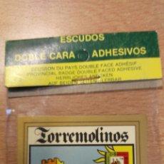 Coches y Motocicletas: ESCUDO DE COCHE TORREMOLINOS. Lote 76449191