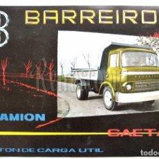 Coches y Motocicletas: CATALOGO ORIGINAL DÍPTICO PUBLICIDAD CAMION BARREIROS SAETA EN CASTELLANO. Lote 90215916
