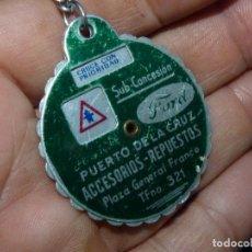 Coches y Motocicletas: DIFICIL LLAVERO PUBLICIDAD TALLER FORD TENERIFE GIRATORIO SEÑALES TRAFICO COLECCION AÑOS 50. Lote 91580610