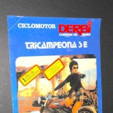 Coches y Motocicletas: FOLLETO - PUBLICIDAD - CICLOMOTOR DERBI TRICAMPEONA S-E - AÑO 1975. Lote 97781771