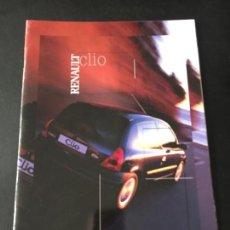 Voitures et Motocyclettes: FOLLETO CATALOGO PUBLICIDAD ORIGINAL RENAULT CLIO DE 2000. Lote 100726071
