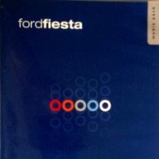 Coches y Motocicletas: DOSSIER DE PRENSA OFICIAL FORD FIESTA - TEXTO EN INGLÉS.. Lote 101384527