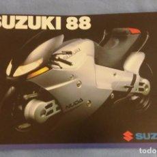 Coches y Motocicletas: CATALOGO SUZUKI MOTOS AÑO 1988 EN MUY BUEN ESTADO ORIGINAL ESPAÑOL. Lote 101630439