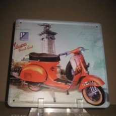 Coches y Motocicletas: CHAPA METAL PUBLICIDAD VESPA. Lote 101768803