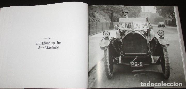 Coches y Motocicletas: CARS. THE EARLY YEARS. LOS PRIMEROS AÑOS DEL AUTOMÓVIL EN LA COLECCIÓN FOTOGRÁFICA HULTON GETTY. - Foto 13 - 102833359