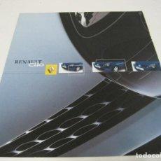 Coches y Motocicletas: RENAULT CLIO: FOLLETO COMERCIAL 2001. Lote 112091083