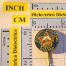 Coches y Motocicletas: ANTIGUA INSIGNIA ALFILER DE COCHES MOTOS. AUTOMOVIL CLUB DE YUGOSLAVIA. NOVI SAD 1964. Lote 113683647