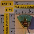 Coches y Motocicletas: ANTIGUA INSIGNIA ALFILER DE COCHES MOTOS. AUTOMOVIL CLUB DE YUGOSLAVIA. SOLIDARNOST. Lote 113683783