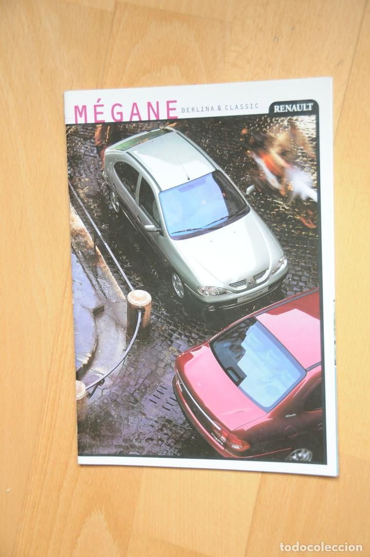 CATÁLOGO RENAULT MEGANE BERLINA Y CLASSIC. CATÁLOGO ORIGINAL. AÑO 2000 (Coches y Motocicletas Antiguas y Clásicas - Catálogos, Publicidad y Libros de mecánica)