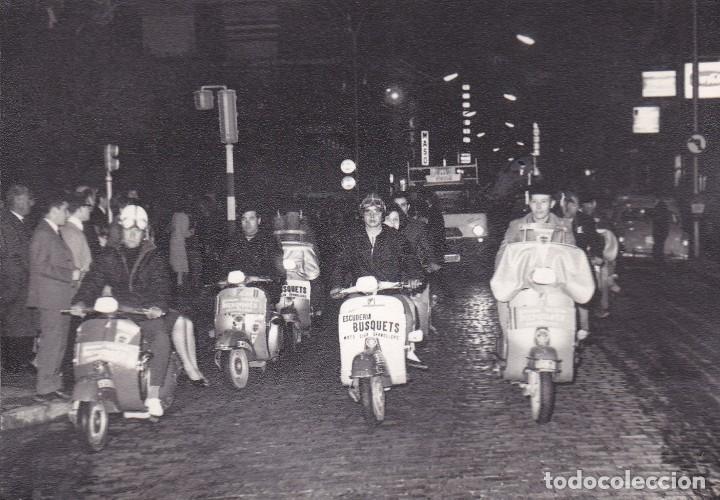 Foto Vespa Exhibicion Granollers 15 X 10 Ctms Comprar Catalogos