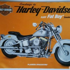 Coches y Motocicletas: PÓSTER HARLEY DAVIDSON FLSTF FAT BOY PLANETA DEAGOSTINI. Lote 117972528