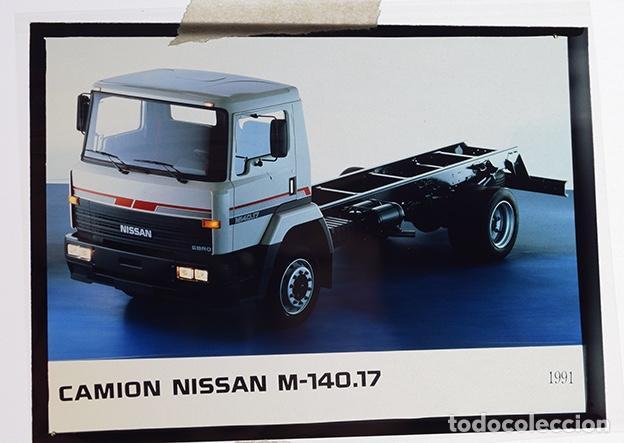 Coches y Motocicletas: Nissan Trade camión M-140.17; M-130.17 Doble Cabina – 2 transparencias 9 x 12 cm para prensa - 1991 - Foto 3 - 128186023