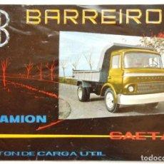 Coches y Motocicletas: CATALOGO ORIGINAL DÍPTICO PUBLICIDAD CAMION BARREIROS SAETA EN CASTELLANO. Lote 135327018