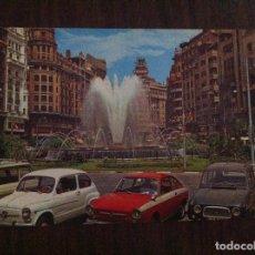 Coches y Motocicletas: POSTAL VALENCIA SEAT 600, SEAT 124 SPORT. CARTEL FAGOR. PLAZA DEL CAUDILLO.. Lote 135625282