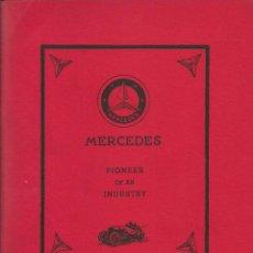 Coches y Motocicletas: RARO LIBRO SOBRE LA HISTORIA DE MERCEDES BENZ. Lote 139392350