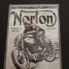 Coches y Motocicletas: CHAPA RÉPLICA NORTON NUEVA. Lote 142907276