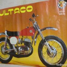 Coches y Motocicletas: BULTACO SHERPA, POSTER ORIGINAL ANTIGUO DE 93X62 CM. MÍTICA MOTOCICLETA DE TRIAL 175 Y 200 CC. Lote 144157386