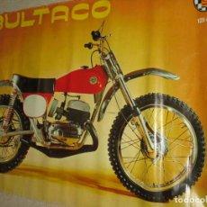 Coches y Motocicletas: BULTACO SHERPA, POSTER ORIGINAL ANTIGUO DE 93X69 CM. MÍTICA MOTOCICLETA DE TRIAL 125 CC. Lote 144159110