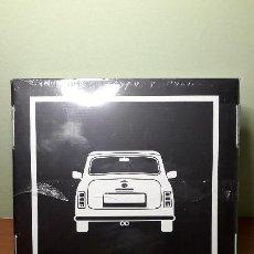 Coches y Motocicletas: MINI & ME / LIMITED EDITION BOOK / BMW , ¡¡¡¡NUEVO Y PRECINTADO!!!!! COMPLETO, EN CAJA, EN ESPAÑOL.. Lote 147716978