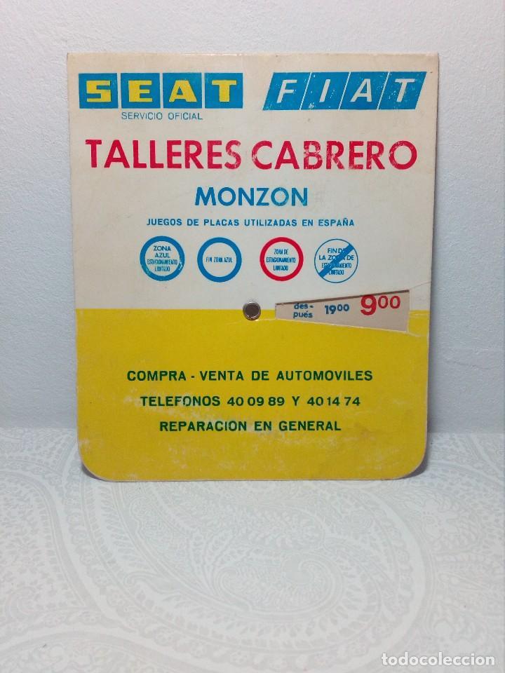 Coches y Motocicletas: ANTIGUO DISCO DE CONTROL DE APARCAMIENTO ZONA AZUL - SEAT - FIAT - AÑOS 60 - Foto 2 - 151551586