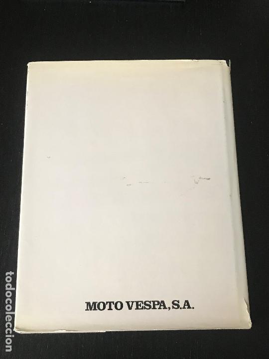 Coches y Motocicletas: MOTO VESPA 1952 - 1987 LIBRO 35 ANIVERSARIO DE VESPA SCOOTER - NO LAMBRETTA GUZZI MONTESA OSSA - Foto 2 - 160931450