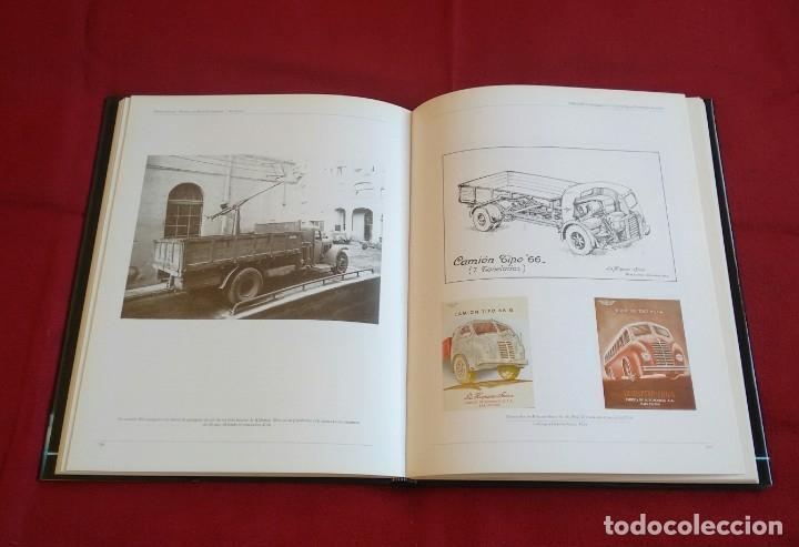 Coches y Motocicletas: Libro Hispano Suiza/Pegaso. Un siglo de camiones y autobuses. Editorial Lunwerg 1995. - Foto 2 - 164433862