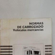 Coches y Motocicletas: PEGASO NORMAS DE CARROZADO VEHICULOS MERCANCIAS TAPA COLOR BLANCO (ZCETA). Lote 169113336