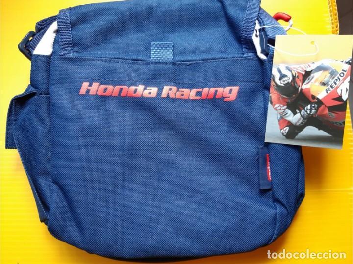 Coches y Motocicletas: Bolso bandolera original Repsol Honda Team. Producto oficial, con etiqueta, nuevo - Foto 2 - 170665735