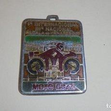 Coches y Motocicletas: MOTOCICLISMO - MOTO GUZZI -ANTIGUA MEDALLA Iª INTERNACIONAL IIIª NACIONAL ALCALA DE HENARES 1987 . Lote 171011787