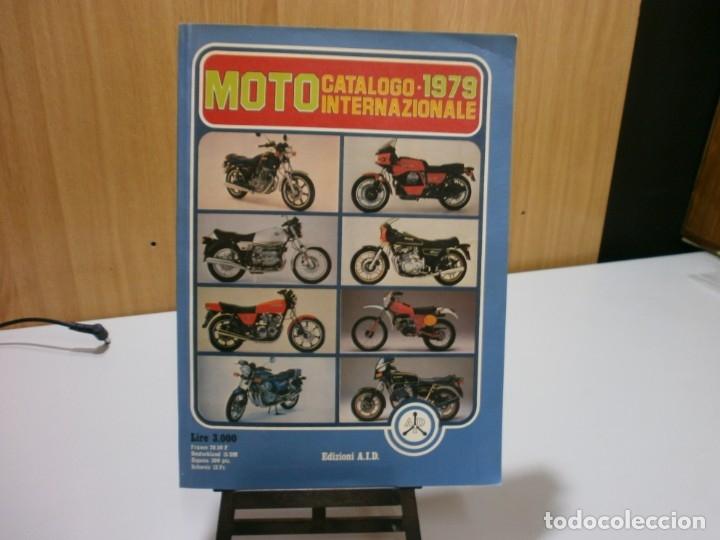 REVISTA MOTO CATALOGO 1979 (Coches y Motocicletas Antiguas y Clásicas - Catálogos, Publicidad y Libros de mecánica)
