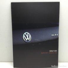 Coches y Motocicletas: CATÁLOGO - PUBLICIDAD ORIGINAL - VOLKSWAGEN GOLF GTI - EDICIÓN ESPECIAL - AÑO 2002. Lote 177406173