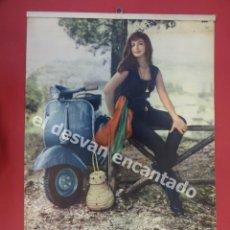 Coches y Motocicletas: VESPA. CALENDARIO DE PARED ESPAÑOL. AÑO 1962. COMPLETO. SIN USO. ORIGINAL. 44 X 30 CTMS. Lote 179992122