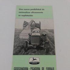 Coches y Motocicletas: FOLLETO CATALOGO JOHN DEERE LANZ FL 140 COSECHADORA PICADORA DE FORRAJE MAQUINARIA AGRICOLA 1962.. Lote 180496023