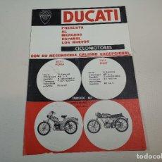 Coches y Motocicletas: FOLLETO PUBLICITARIO ORIGINAL PUBLICIDAD CICLOMOTORES DUCATI SPORT Y PIUMA-BARCELONA -REF-ZZ. Lote 192654628