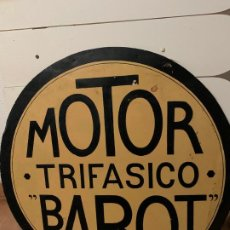 Coches y Motocicletas: MOTOR TRIFASICO BAROT CHAPA PUBLICITARIA METALICA AÑOS 30. Lote 185775083