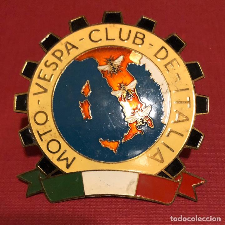 Coches y Motocicletas: Emblema- placa de publicidad de Moto Vespa Club de Italia - Foto 2 - 192828761