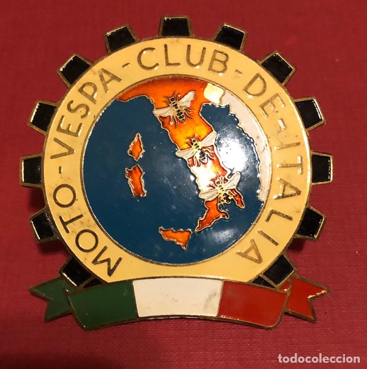 EMBLEMA- PLACA DE PUBLICIDAD DE MOTO VESPA CLUB DE ITALIA (Coches y Motocicletas Antiguas y Clásicas - Catálogos, Publicidad y Libros de mecánica)