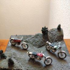 Coches y Motocicletas: DIORAMA TRIAL MONTESA OSSA BULTACO. Lote 193397953