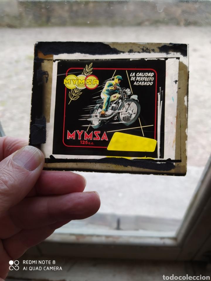 MYMSA MOTO 125CC ,CRISTAL DE PUBLICIDAD PARA EL CINE. (Coches y Motocicletas Antiguas y Clásicas - Catálogos, Publicidad y Libros de mecánica)