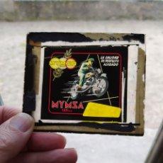 Coches y Motocicletas: MYMSA MOTO 125CC ,CRISTAL DE PUBLICIDAD PARA EL CINE.. Lote 198335880