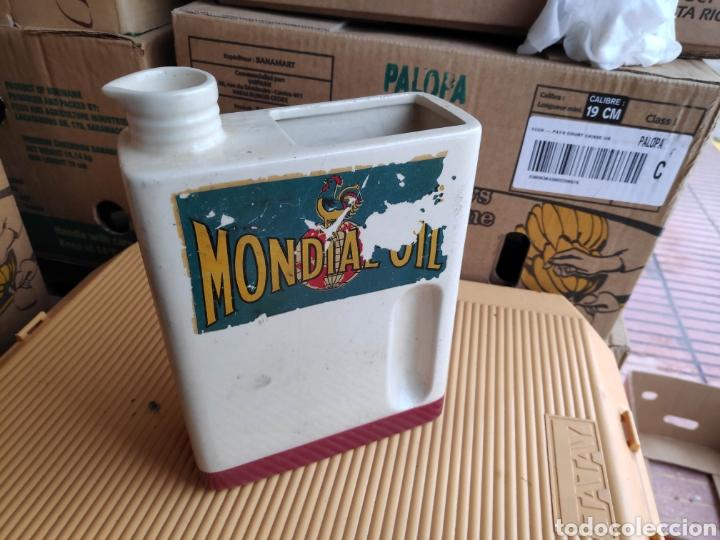 Coches y Motocicletas: Lata ceramica aceite coche mondial oil 25 cm aprox - Foto 3 - 198496786