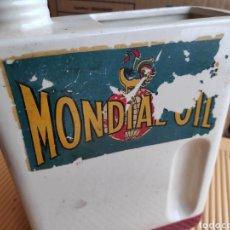 Coches y Motocicletas: LATA CERAMICA ACEITE COCHE MONDIAL OIL 25 CM APROX. Lote 198496786