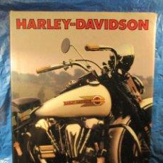 Coches y Motocicletas: GRAN LIBRO HARLEY DAVIDSON, DE TONY MIDDLEHURST. Lote 201975372